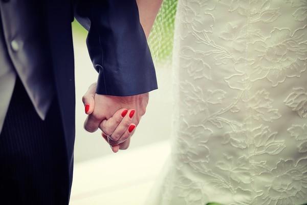 Cô dâu bị ung thư đẹp ngỡ ngàng trong ngày cưới 12