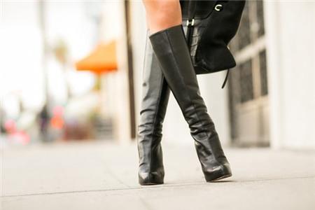 """Chọn và phối boots cao cổ cho nàng """"chân ngắn"""" 7"""