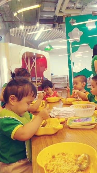 'Đột nhập' lớp mẫu giáo con sao Việt 3