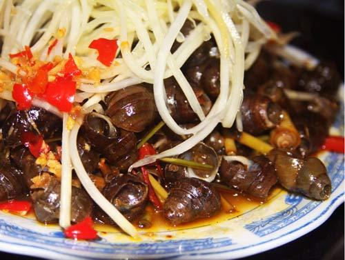 Khám phá 10 món ăn hấp dẫn nhất Đà Nẵng 9