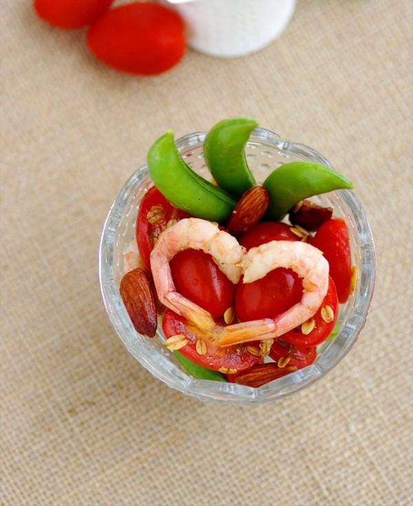Salad tôm cà chua làm dễ ăn ngon 9