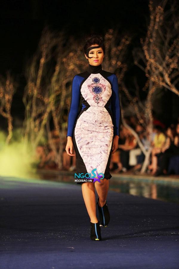 Hoa hậu Thùy Dung, Diễm Hương quyến rũ trong trang phục màu sắc 12