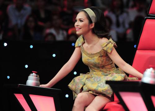 Cơn sốt nơ đẹp mắt của mỹ nhân Việt 7