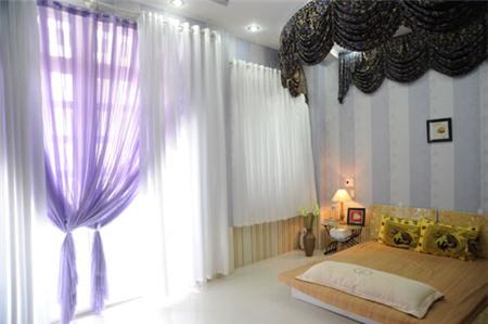 Nhà hẻm lòe loẹt đủ màu của Nguyễn Phi Hùng 5