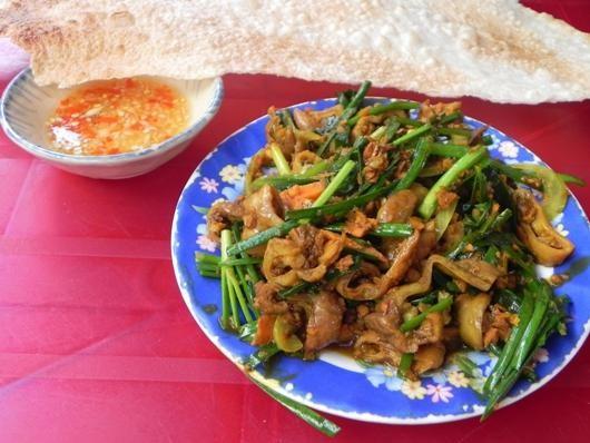 5 món Quảng được yêu thích ở Sài Gòn 1