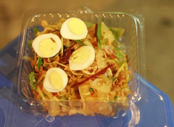 Các món trộn ngon tuyệt giá dưới 30.000 đồng tại Hà Nội 13