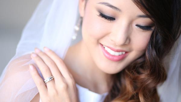 Bí quyết chọn người trang điểm cưới 2