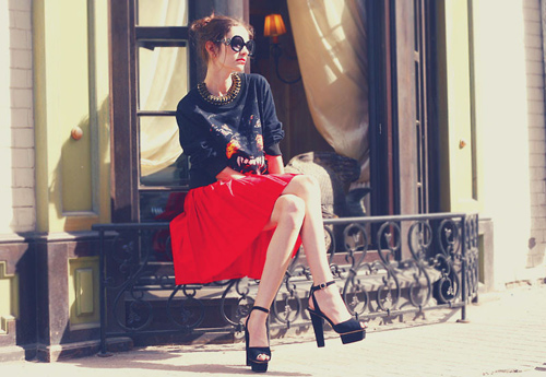 Những mẫu váy xòe đang 'tung hoành' làng thời trang 10