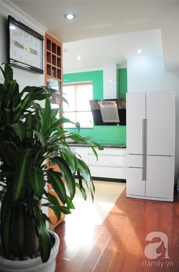 Thăm căn hộ có không gian bếp hoàn hảo ở Dịch Vọng, Hà Nội 6