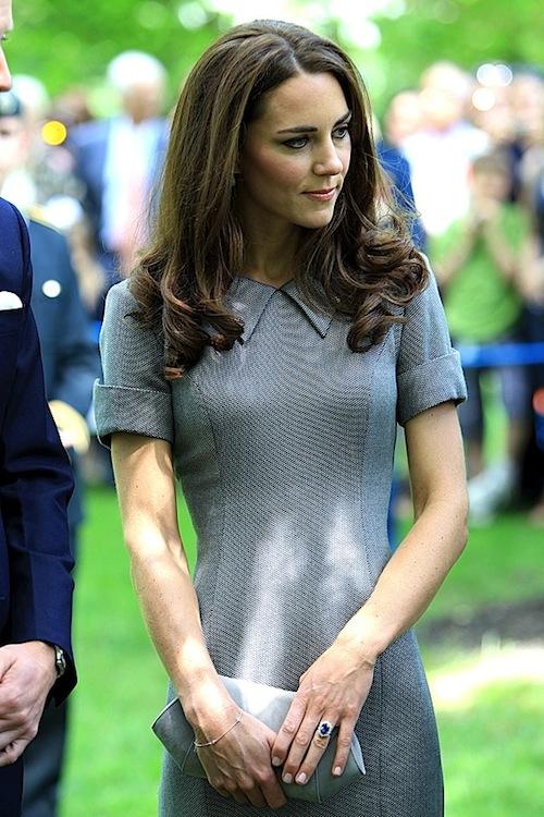 Khám phá bộ sưu tập túi lịch lãm của công nương Kate Middleton 7