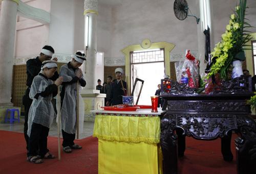 Đám tang không thi thể của nạn nhân vụ Cát Tường 2