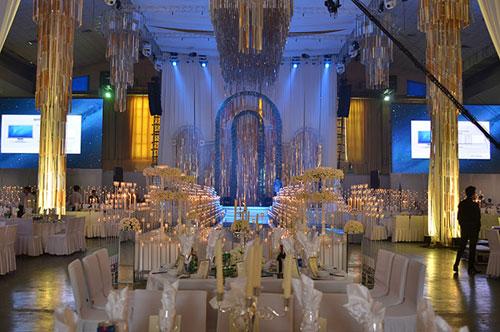 Ngọc Thạch tổ chức tiệc cưới ấn tượng tại Hà Nội 6