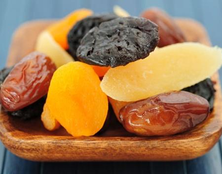 Lưu ý khi ăn hoa quả sấy khô 1