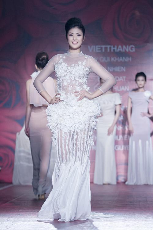 5 xu hướng thời trang làm 'say lòng' mỹ nhân Việt 12