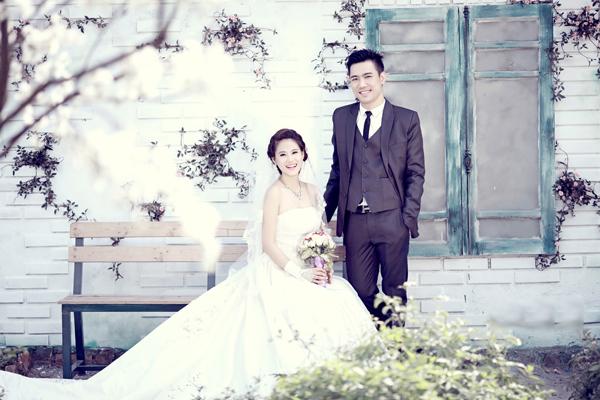 Chiêm ngưỡng ảnh cưới đẹp long lanh của Hoa hậu Biển Vân Anh 7