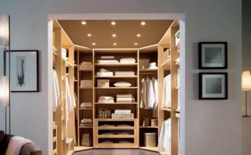 Chiêm ngưỡng tủ đồ thời trang của Victoria Beckham 9