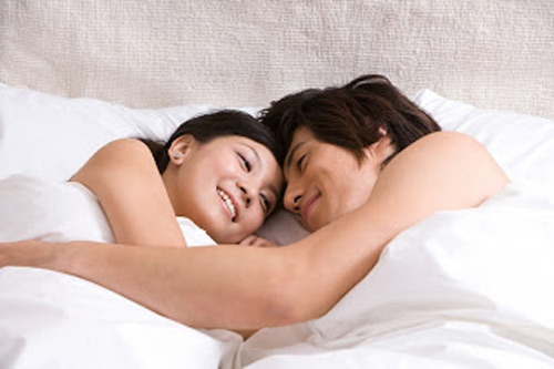 """Cách tránh thai an toàn nhất cho lần """"yêu"""" đầu? 2"""