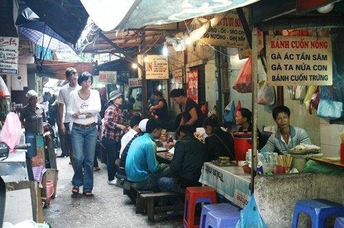 Những ngõ, phố hàng ăn kiếm đậm nhất Hà Nội 7