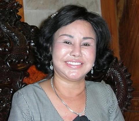 Bộ sưu tập siêu xe của các nữ đại gia Việt 18
