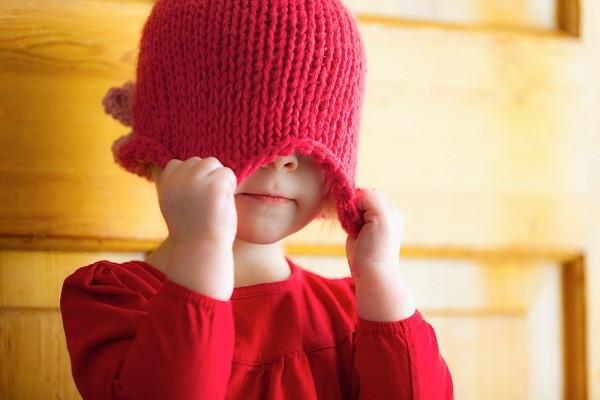 5 câu hỏi thường gặp về tính nhút nhát của con 1