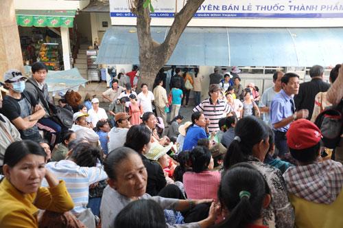 Thủ tướng Nguyễn Tấn Dũng: Phải quyết liệt giảm tải bệnh viện 2