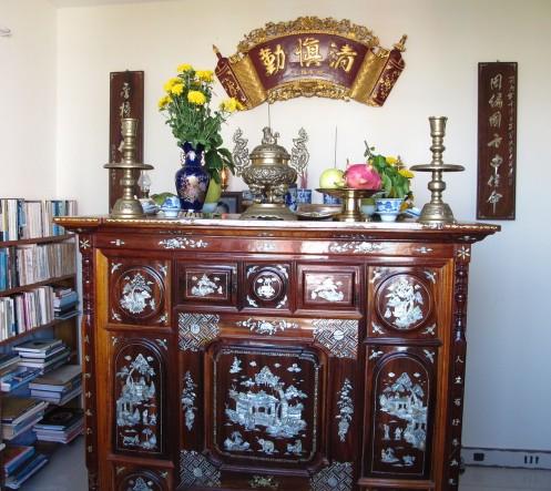 Phong thủy ban thờ tổ tiên mang may mắn 2