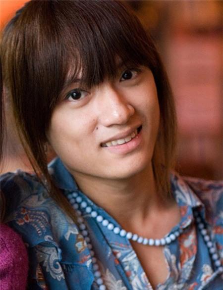 Hương Giang Idol xấu hổ khi kể về thời chưa chuyển giới 2