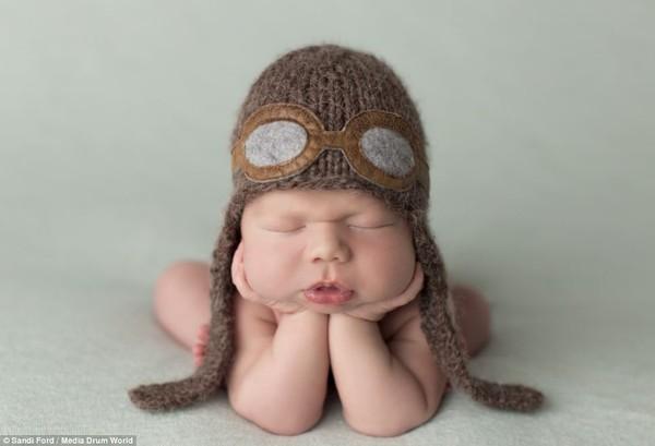 Quá ngọt ngào với chùm ảnh bé sơ sinh ngủ 6
