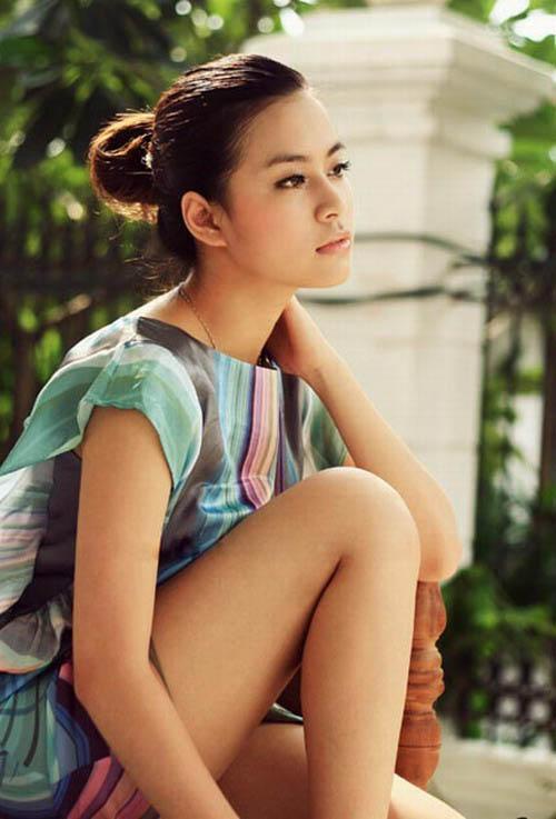 """Hoàng Thùy Linh: Hơn cả """"gợi cảm"""" là... 15"""