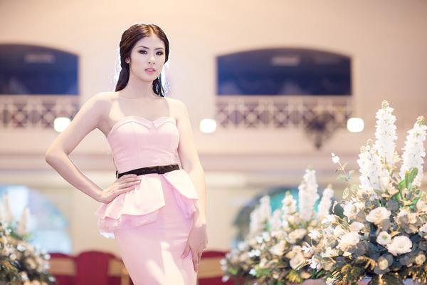 Hoa hậu Ngọc Hân ngày càng đẹp và trắng 6
