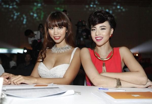 """Những sao Việt """"nghiện"""" phong cách trang điểm đậm 14"""