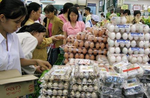 Sốt giá, trứng tăng 2.000 – 3.000 đồng/chục 1