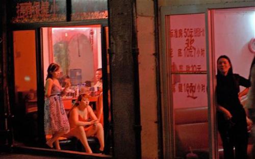 Xâm nhập thủ đô sex của Trung Quốc 1