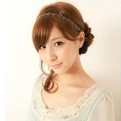 Cách đơn giản thực hiện 2 kiểu tóc đẹp ngày hè cho nàng công sở 8
