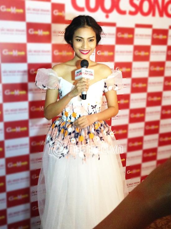 Trương Thị May bất ngờ tái xuất sàn diễn quyến rũ và xinh đẹp 6