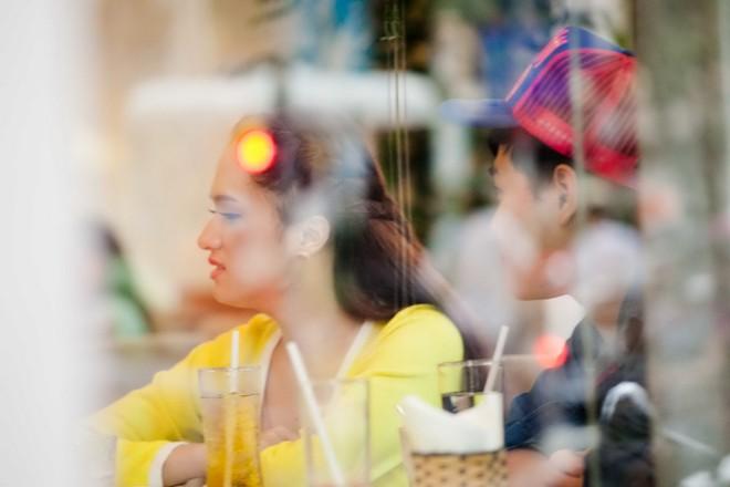 Hương Giang Idol buồn bã sau sự cố 'lộ hàng' trong bar 7