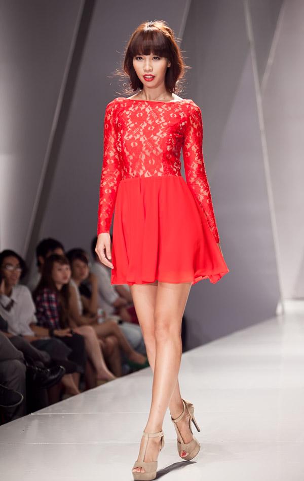 Những mẫu váy lộng lẫy mới nhất cho tháng 4 1