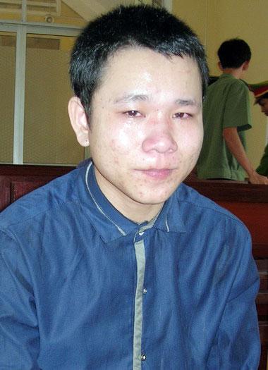 Bị mẹ nạn nhân bắt quả tang khi đang hiếp dâm 1