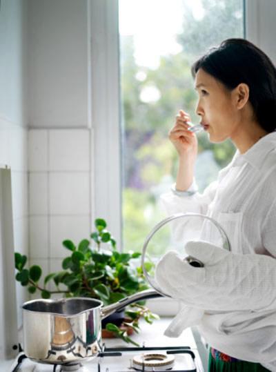 Giá có thể trả lương cho nghề làm vợ 1