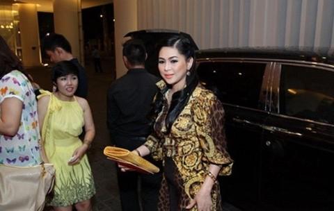 Bộ sưu tập siêu xe của các nữ đại gia Việt 14