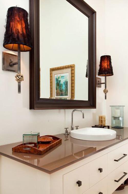 Cách nhanh gọn làm sạch từng ngóc ngách trong nhà tắm 4