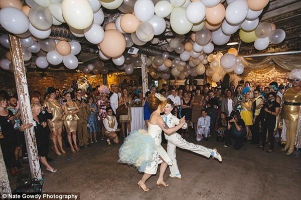 Chùm ảnh cưới đẹp long lanh của cặp đôi đồng tính Mỹ 12