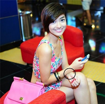 Những hot girl Hà Thành nghiện xăm hình nhất 9