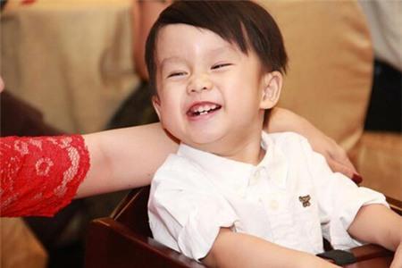 Ngắm hotboy Coca nhà Ốc Thanh Vân 5