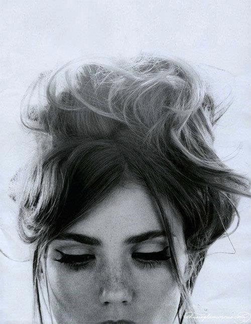 7 kiểu tóc búi, cột quyến rũ cho mùa Hè 2013 1