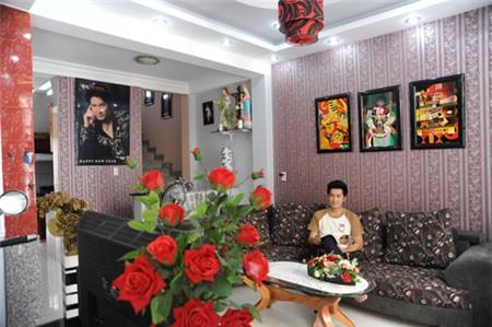 Nhà hẻm lòe loẹt đủ màu của Nguyễn Phi Hùng 1