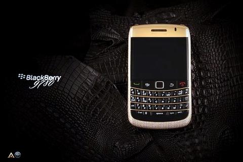 """Chiêm ngưỡng """"dế"""" BlackBerry giá 1 tỷ đồng 1"""