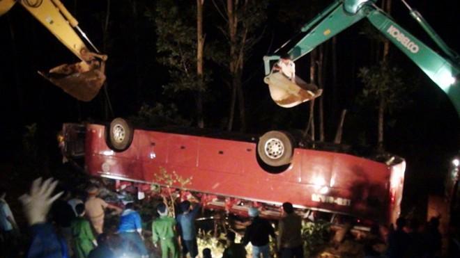 Tai nạn thảm khốc, 7 người chết, 25 người cấp cứu 2
