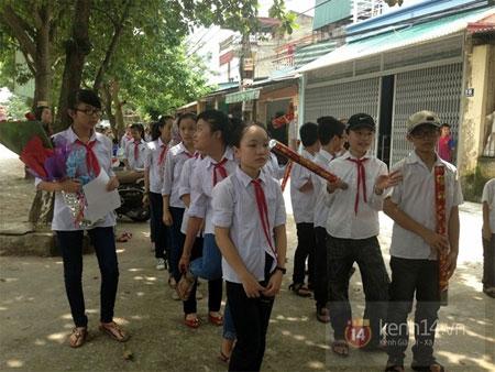 Quang Anh trở về quê nhà trong sự chào đón nồng nhiệt của người dân 2