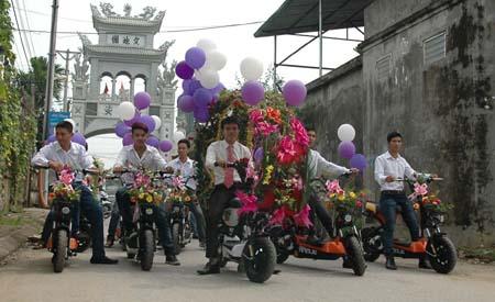 Hà Nội: Thú vị đám rước dâu bằng... xe đạp 4